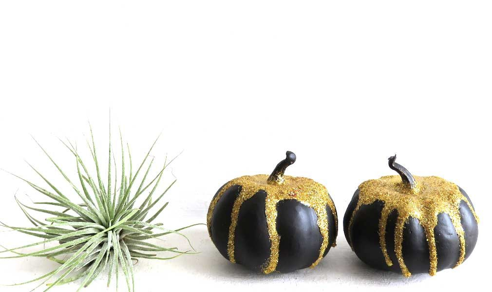 glitter mini pumpkin diy